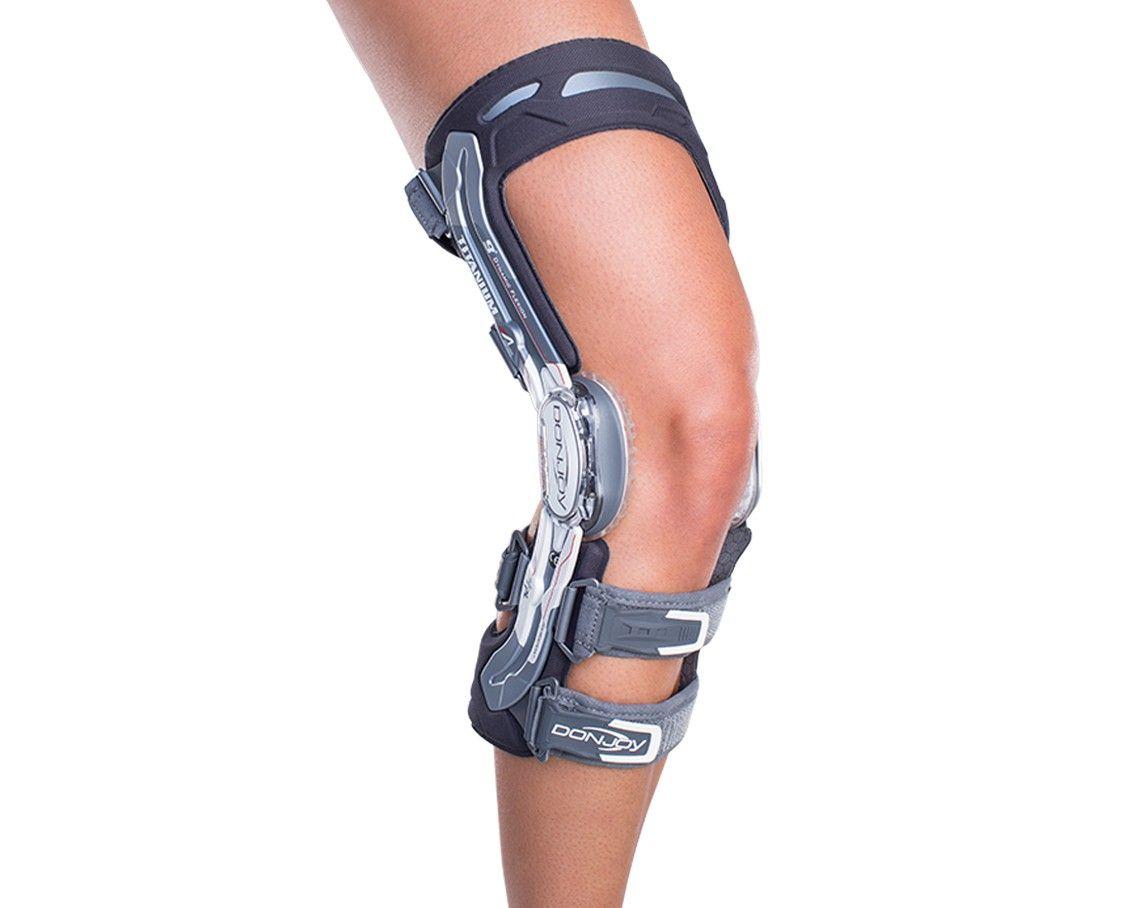 Rodillera hecha a la Medida de titanio para ligamentos